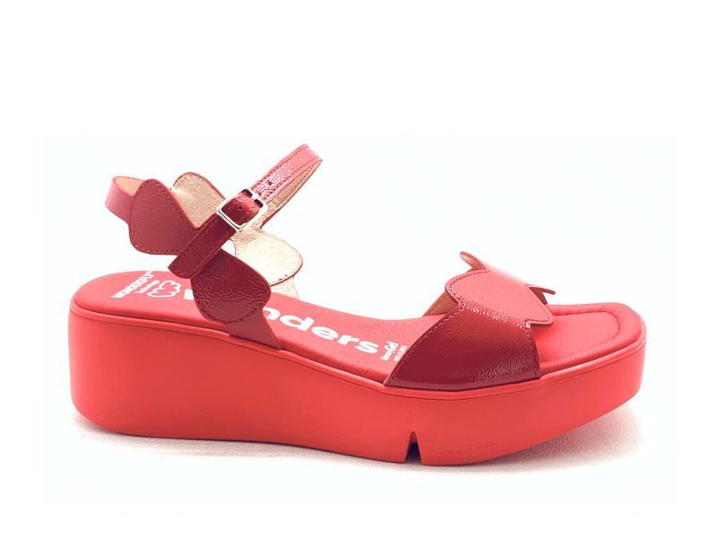 B7901ROJO Scarpa donna Wonders sandalo zeppa pelle rosso zeppa light WonderFly