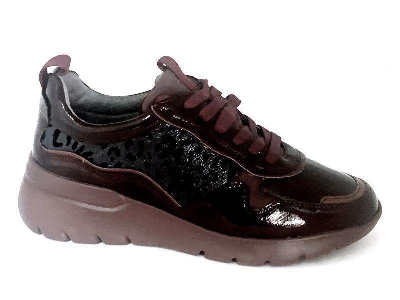 044967 BURDEOS Scarpa donna zeppa Comfort by Xti sneaker bordeaux