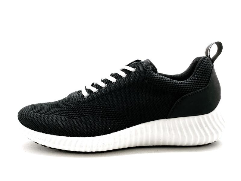 7124022 NERO Scarpa uomo Igi&co sneaker tessuto elasticizzato made in Italy
