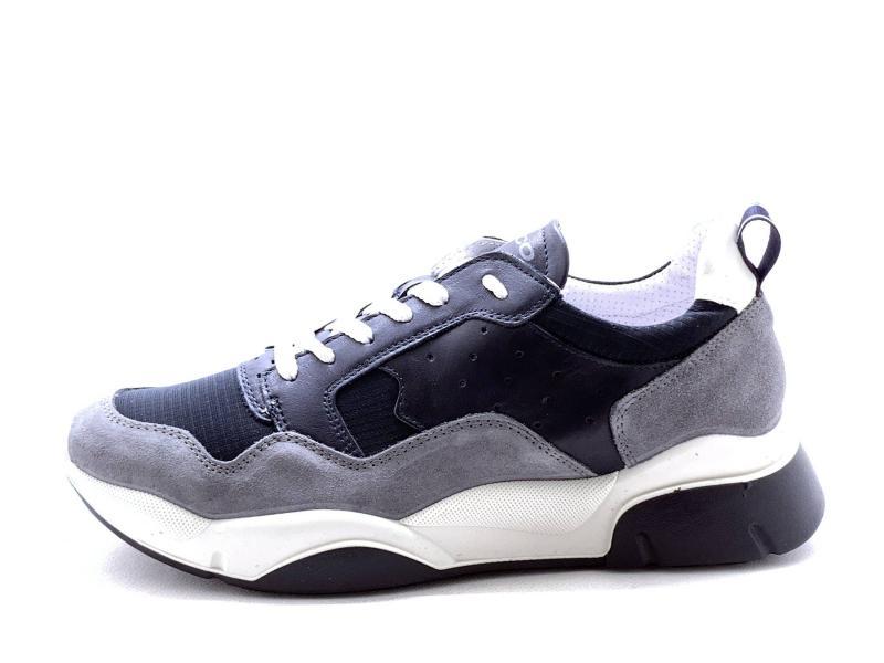7126100 NOTTE Scarpa uomo Igi&co sneaker running pelle made in Italy blu